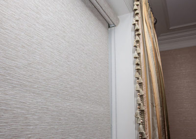 Rollershade-with-cassette-and-bead-chain