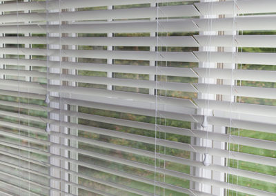 Three-windows-with-separate-blinds