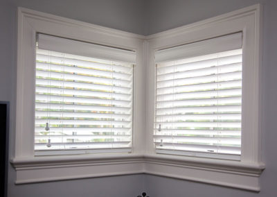 Wood-blinds-with-cord-tilt