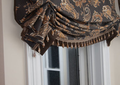 London-style-Valance-with-bottom-band-and-bead-trim